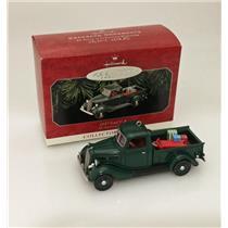 Hallmark Series Ornament 1998 All American Trucks #4 - 1937 Ford V-8 - #QX6263