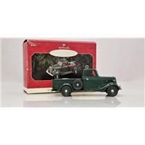 Hallmark Series Ornament 1998 All American Trucks #4 - 1937 Ford V-8  #QX6263-DB