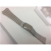 Pulsar WatchBand/Bracelet Band Engraved # 081BA.E. Unknown Model 19mm.