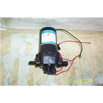 Boaters' Resale Shop of TX 1812 1774.07 FLOJET 4405-133 WATER SYSTEM 12V PUMP