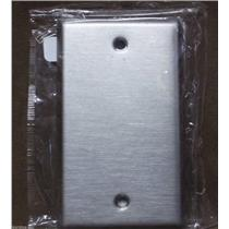 Cooper / Stainless Steel / 1 Gang / Blank Wallplates / Cat.No. 93071 / Box of 7
