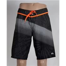 Quiksilver Men's Inclined 20: Boardshorts Grey/Orange 32