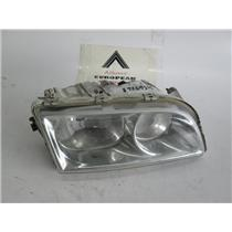 00-04 Volvo S40 right passenger side headlight 30865268