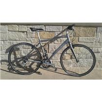 2010 Trek 7.6 FX Road Bike / Hybrid - 9 Speed - 51cm