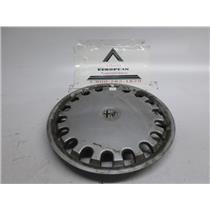 Alfa Romeo 164 Spider hubcap #2
