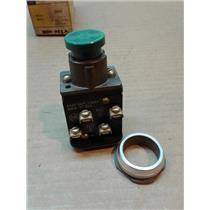 Allen Bradley 800H-AK1A Flush Head Green Pushbutton Switch