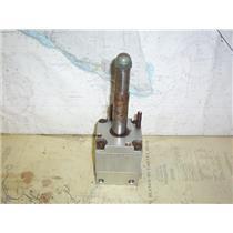 """Boaters' Resale Shop of TX 1912 2721.01 SEASTAR HYDRAULIC HELM PUMP W/ 1"""" SHAFT"""