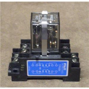 Fuji Electric Miniature Relay w/ Base / Relay Cat.No.HH62P-L  Base Cat.No.TP68X
