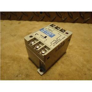 Keyence ES-11AC Distance Sensor Amplifier
