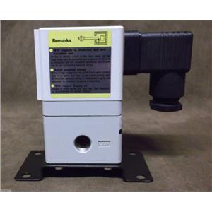 SMC Electro-PneumaticEuropean E/P Regulator Part No. EIT2010-F32B