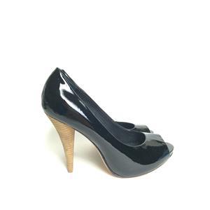 Sz 6 NEW BCBG Maxazria Garret Black Patent Leather Peep Toe Pumps Wood Heels