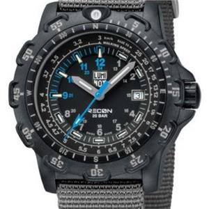 Luminox 8823 KM. Diver. Recon Point Man. Night Vision. Black Dial. Nylon Grey Strap.200M Resist.