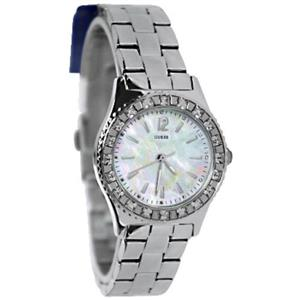 Guess G86149L. Bling Crystal Accents w/MOP Dial. Waterpro 100M. Silver Tone Bracelet