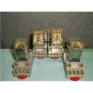 Lot of 4 Used Square D 8501 RS14V20 Relay w/ Series B Socket Base 120VAC