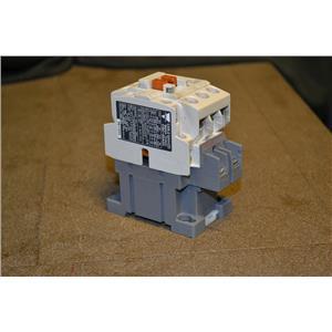 Carlo Gavazzi CGC-22A Contactor, 240VAC, 24V Coil Voltage, 1 Aux Contact