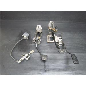 JDM Manual M/T Clutch & Brake Pedal Conversion For Honda Acura Integra Dc2 Db8