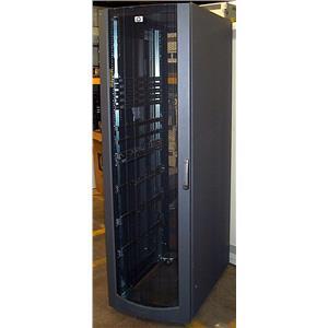 HP 42U Server Rack MODEL 10642 with Doors & Side Panels 245161-B21