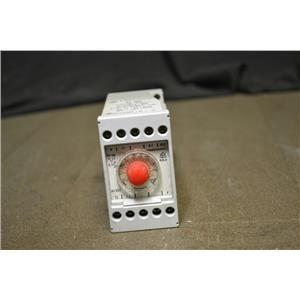 Dold & Sohne KG AI 931 , 250/380 V, 50/60 Timer Varimeter