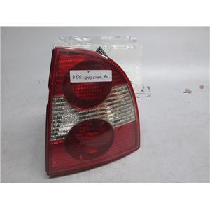 01-05 Volkswagen Passat right side tail light 3B5945096AC