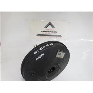 77-85 Mercedes W123 brake booster 0024304530