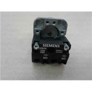 Siemens 52PA8B1K Oil Tight Pushbutton Operator Extended Cap Black W/ 52Bak Cont