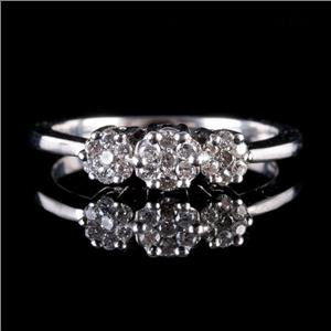 14k White Gold Round Cut Diamond Floral Cluster Ring .245ctw