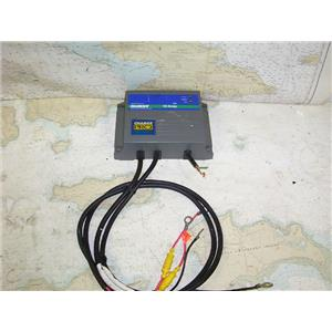 Boaters' Resale Shop of TX 1703 1774.01 GUEST 2611A 10 AMP BATTERY CHARGER