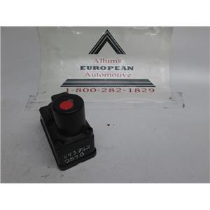 Volkswagen/Audi central locking vacuum pump 443862257B