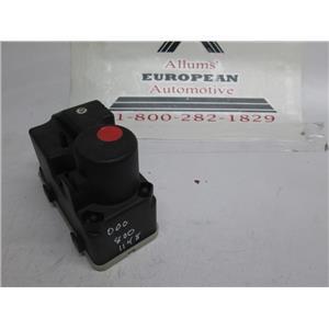 Mercedes central locking door vacuum pump 0008001148