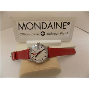 Mondaine Watch MSE.30210.LC EVO ll.Swiss Movement, Sapphire Crystal, Easy Reader