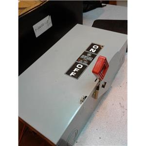 General Electric NP1578000B Heavy Duty Safety Switch