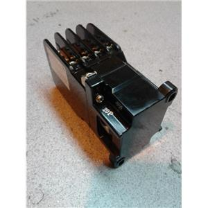 Fuji 1RH844 CONTACTOR 110/120V COIL 60HZ 4NO/4NC 8POLE