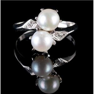 Vintage 1940's 14k White Gold Round Cut Cultured Pearl & Diamond Cocktail Ring