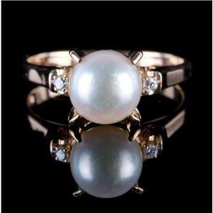 18k Yellow Gold Round Cut Cultured Pearl Solitaire Ring W/ Diamond Accents