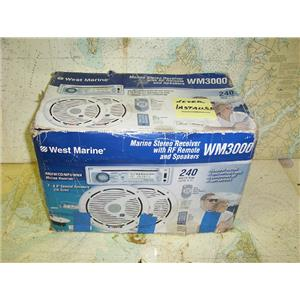 Boaters' Resale Shop of TX 1706 1027.01 WEST MARINE WM3000 MARINE STEREO SYSTEM