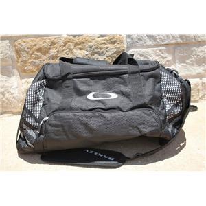 Oakley 55L Small Sport Duffel - Black NWT