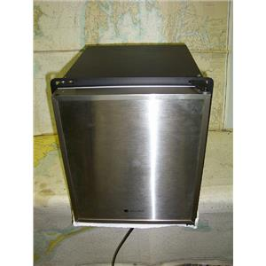 Boaters' Resale Shop of TX 1707 1077.04 ULINE ULN-SP18FCS-03A STAINLESS ICEMAKER