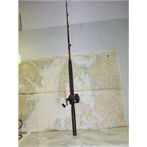 Boaters' Resale Shop of TX 1707 0721.24 SHIMANO TDL20 REEL ON PENN MODEL 560 ROD