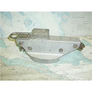 """Boaters' Resale Shop of TX 1709 1152.14 MAST HEAD CAP FOR 3-3/4"""" x 6"""" MAST"""
