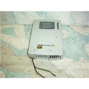 Boaters' Resale Shop of TX 1709 1455.24 XANTREX TC4012 TRUECHARGE 2 CHARGER- 40A