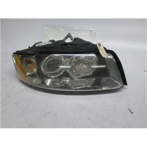 Audi A4 right side xenon headlight 8E0941030AB BROKEN TABS 03-05