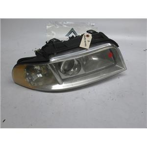 Audi A4 right side headlight 8D0941030AQ 8D0941004AQ 99-01