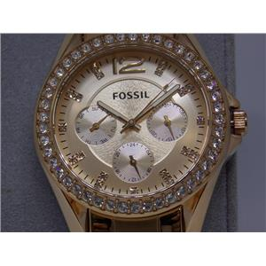 """Fossil Watch ES2811. Ladies """"Riley"""". Rose Gold-Tone"""