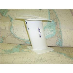 "Boaters' Resale Shop of TX 1711 0774.02 PYI SEAVIEW 10"" AFT LEANING RADAR MOUNT"