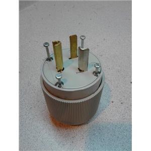Cooper 5717N Autogrip Plug 20A 125V