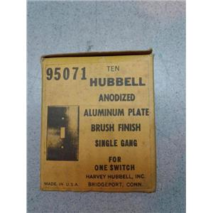 Hubbell 95071 Anodized Aluminum Plate, Brush Finish, Single Gang