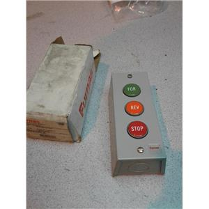 Furnas 50MA3KLE Standard Duty Control Station, 3 Push Buttons