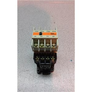 Fuji Electric SH-4 Industrial Relay With Sz-A31 Auxiliary Contact Block