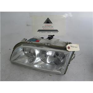 00-04 Volvo S40 left passenger side headlight 30865267