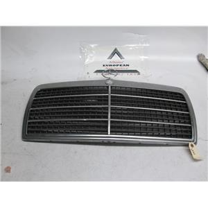 Mercedes W124 300E 300D front grille 86-93